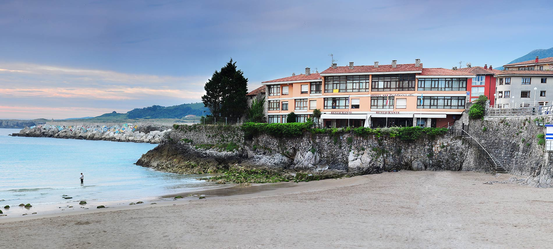hotel sabl n en llanes asturias